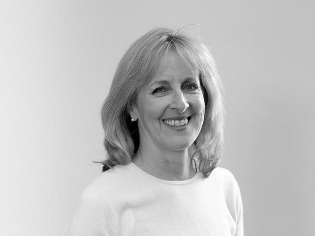 Jeannette Warr (Managing Director)